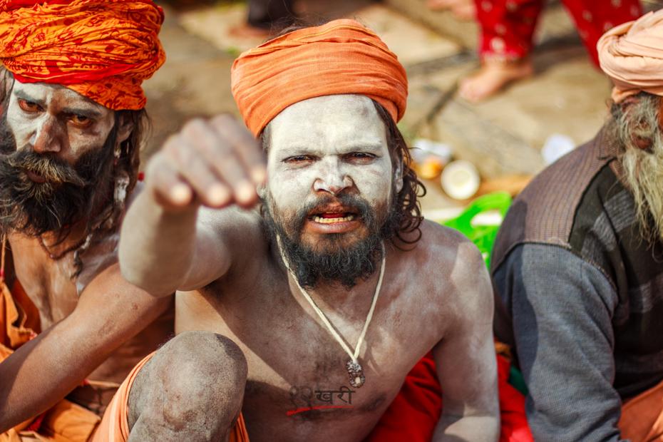 शिवरात्रीको अवसरमा पशुपति दर्शन गर्न भारतबाट आएका बाबा । तस्बिर, बाह्रखरी