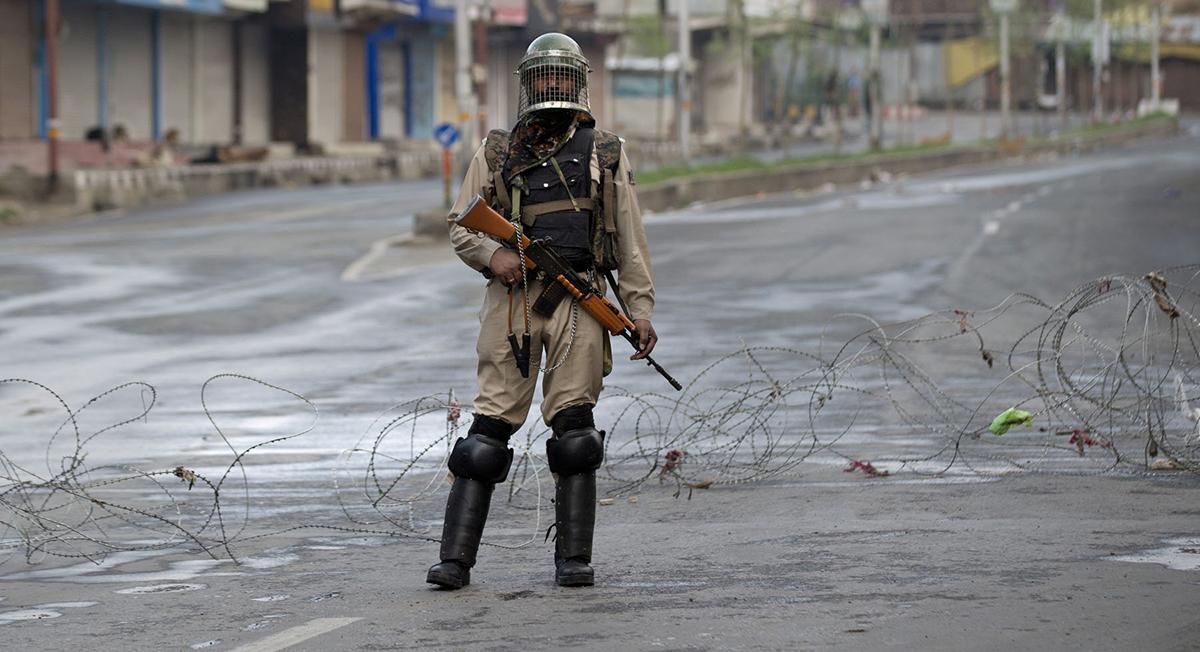 काश्मीरकी एक छात्राको पाँच दिनको डायरी