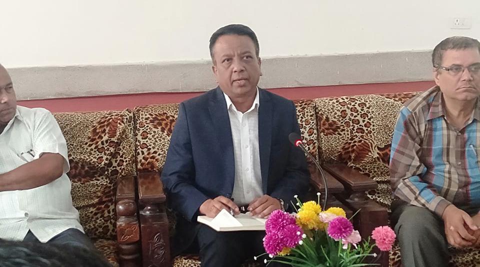 साना योजनामा प्रदेशको बजेट हाल्दैनौं : प्रमुख सचिव अधिकारी