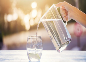 आखिर कति पिउने पानी ? ८ गिलासको भ्रम