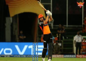 शीर्षस्थानको चेन्नई पराजित, हैदरावाद ६ विकेटले विजयी